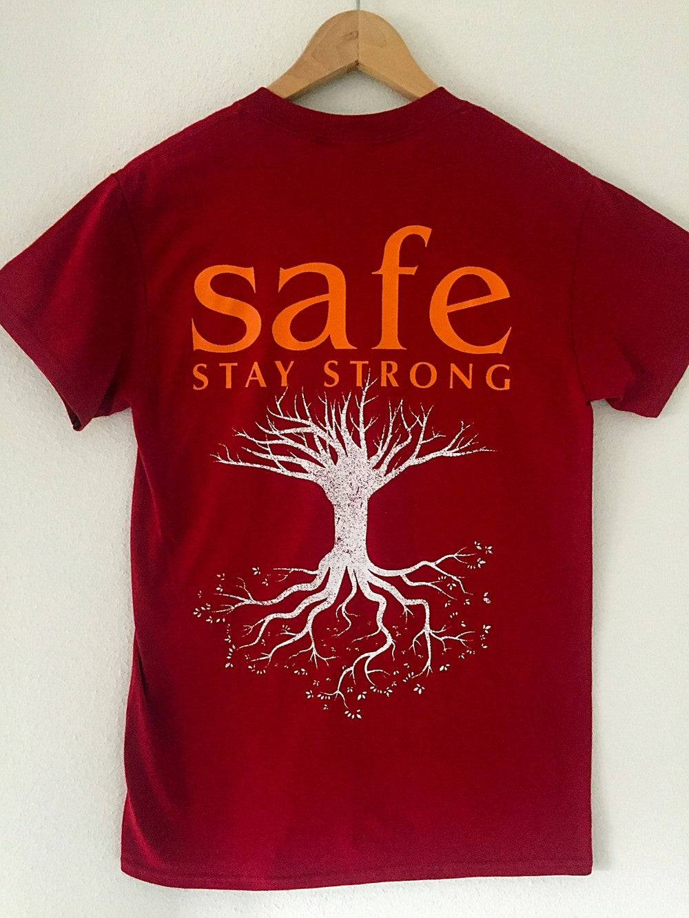 SAFE 'Stay Strong' T-Shirt / Cardinal Red