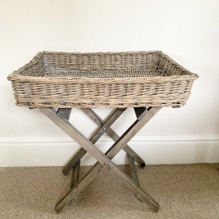 Wicker Butler Style Tray Table