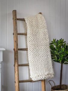 Chunky knit PLAIT throw ... Ivory