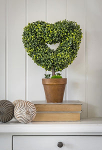 Faux potted topiary heart ... large