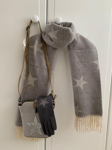 Cosy Star Blanket Scarf ... Light Grey