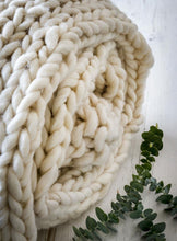 Load image into Gallery viewer, Chunky knit PLAIT throw ... Ivory