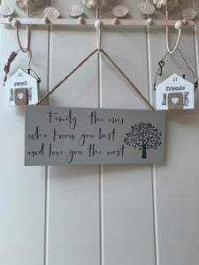 Family Tree Plaques .... 4 Designs available