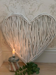 White wicker Willow Large Heart