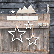 Load image into Gallery viewer, Outline wooden stars WHITE ... set of 4