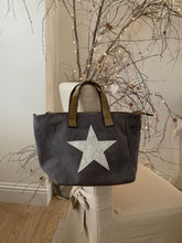 Load image into Gallery viewer, Star handbag bags ... 2 colours
