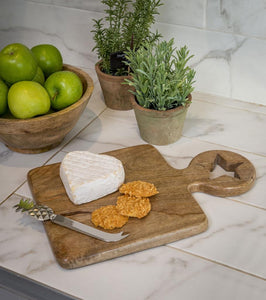 Mango wood Star Chopping board ... Small
