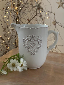 Chunky Ceramic Heart Detail Scallop Jug ... White
