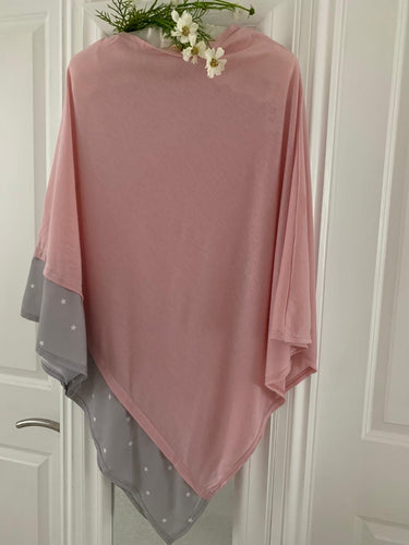Fashion ... Poncho ... Dusty Pink with Grey / White Star Trim