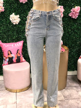 Side Bar Cut Out Chain Jeans- Light Denim