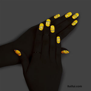 lluillui Gel Nail Sticker : Better Than You Glow