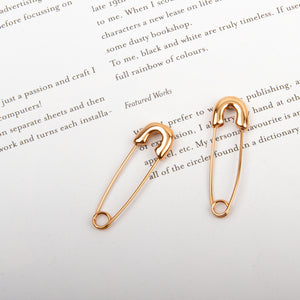 lluillui Pin drop earrings rose gold