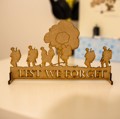 Lest we forget - Laser cut Wooden Board Remembrance day Armistice day - Influent UK