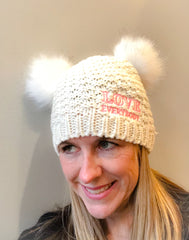 love everybody white 2 fur pompom hat