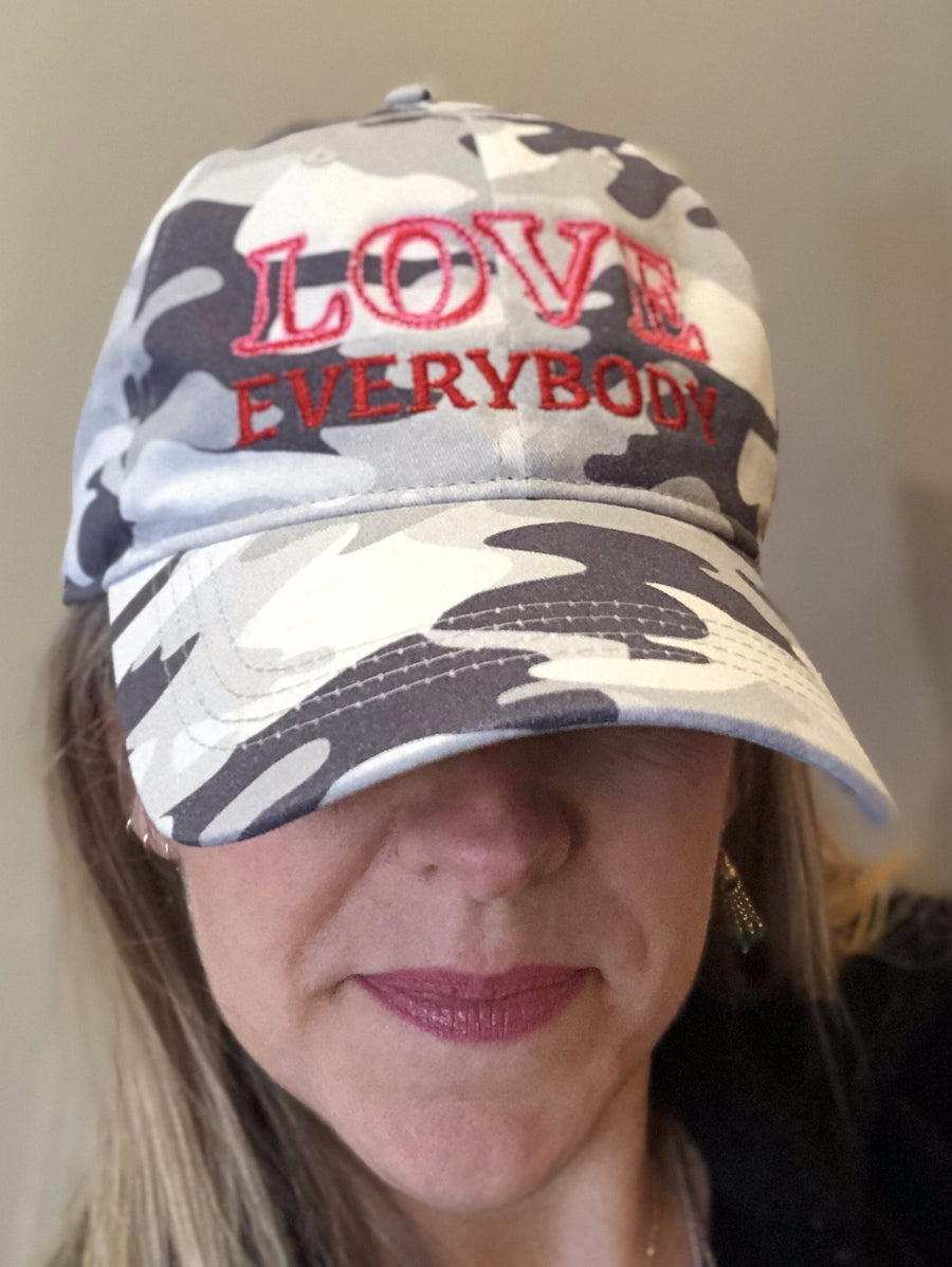 LOVE everybody no exceptions Jane Camo Cap