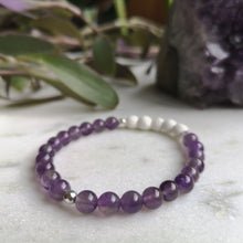 Load image into Gallery viewer, Amethyst Essential Oil Diffuser Bracelet