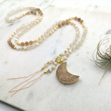 Load image into Gallery viewer, Druzy Moon Mala