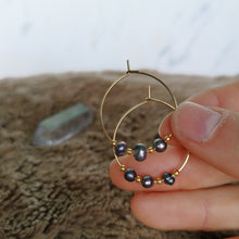 Load image into Gallery viewer, Orchid Pearl Hoops