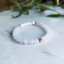 Load image into Gallery viewer, Rose Quartz Essential Oil Diffuser Bracelet