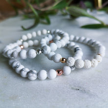 Load image into Gallery viewer, Howlite Essential Oil Diffuser Bracelet
