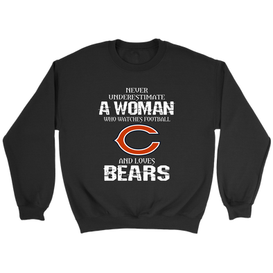 NFL - Never Underestimate A Woman Who Watches Football And Loves Chicago Bears Sweatshirt-T-shirt-Crewneck Sweatshirt-Black-S-PopsSpot