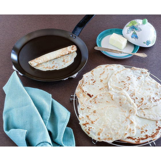 Paderno World Cuisine Blue Carbon Steel Crepe Pan / 9 1/2""