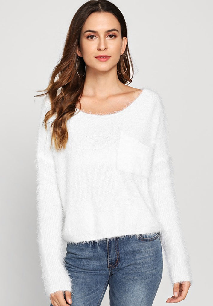 Fuzzy White Crop Sweater loziy