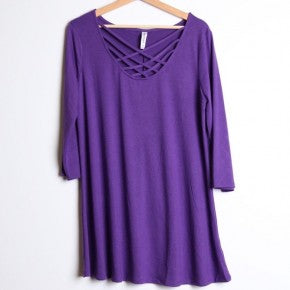 Three-Quarter Sleeve Criss-Cross Solid Plus Top