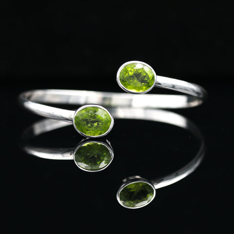 9.50 CTW Peridot By-Pass Cuff In Sterling Silver - Sindur