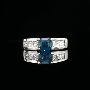 Sapphire & Diamonds in Platinum Ring - Sindur