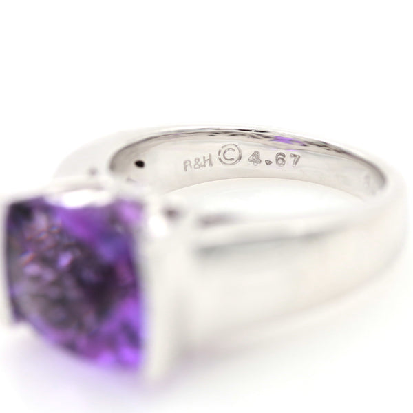 Amethyst & Diamonds in White Gold Ring