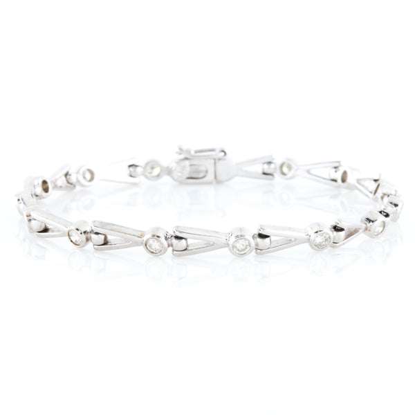 One Carat of Diamonds in Contemporary White Gold Bracelet - Sindur Style
