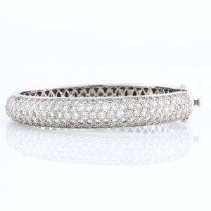 Pavé Set Diamonds in White Gold Bangle