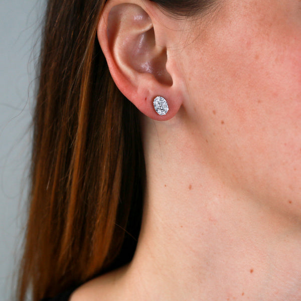 Oval Clusters of Diamonds in White Gold Earrings