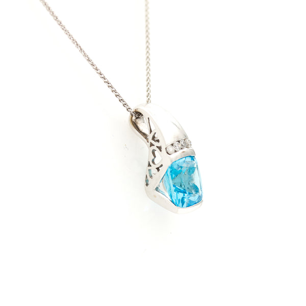 Blue Topaz and Diamonds in White Gold Necklace - Sindur