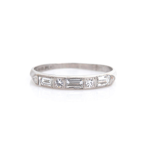 Diamonds in Art Deco Platinum Band - Sindur