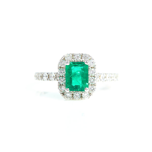 Emerald and Diamonds in White Gold Ring - Sindur