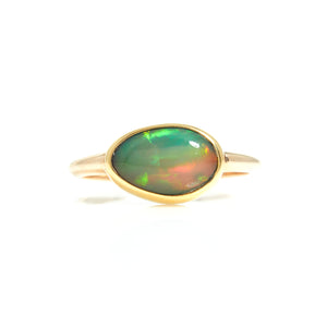 Opal in Yellow Gold Ring - Sindur