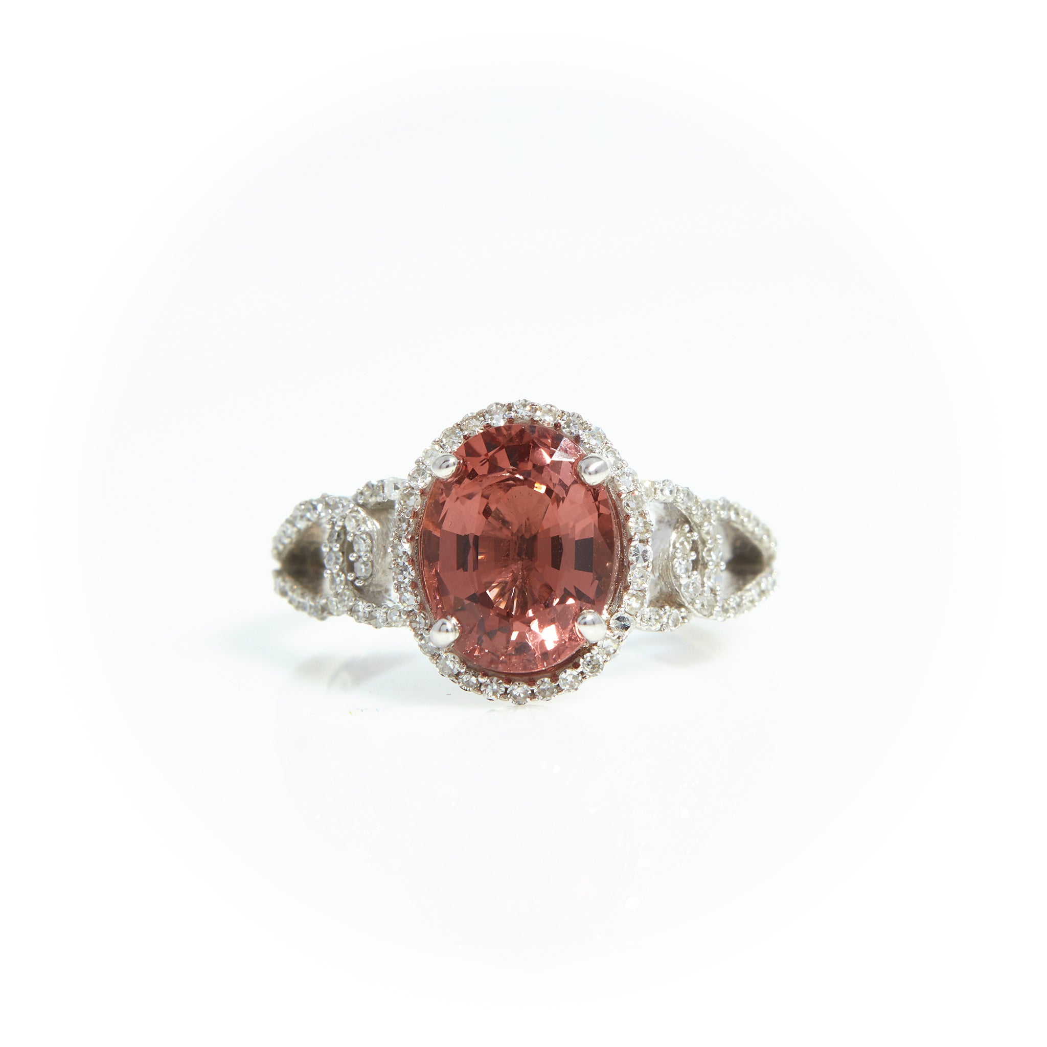 *SOLD* Spinel and Diamond Ring in White Gold - Sindur