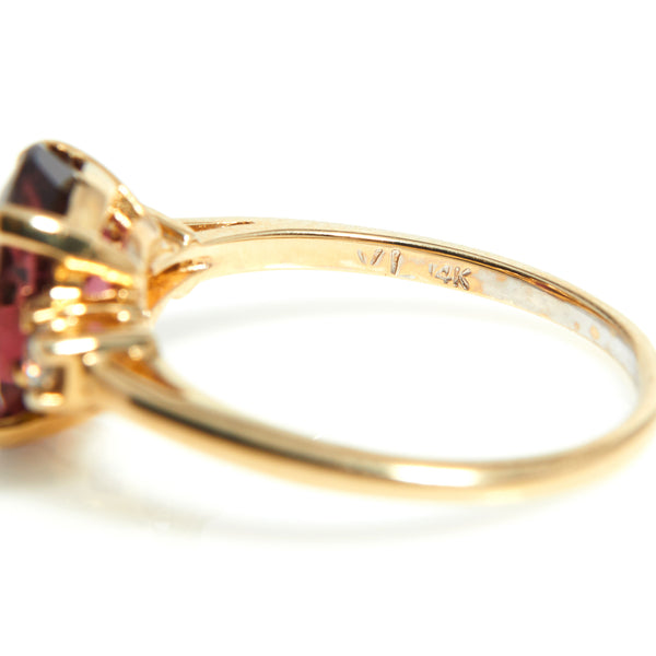Tourmaline and Diamond Ring in Yellow Gold - Sindur