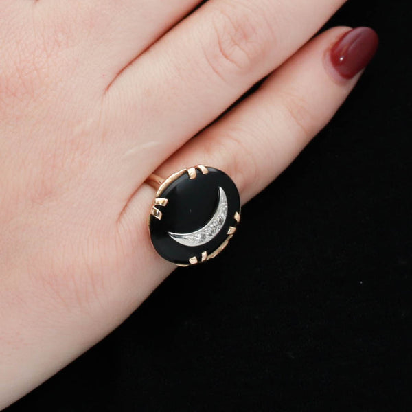 Diamonds and Onyx in Vintage Yellow Gold Ring