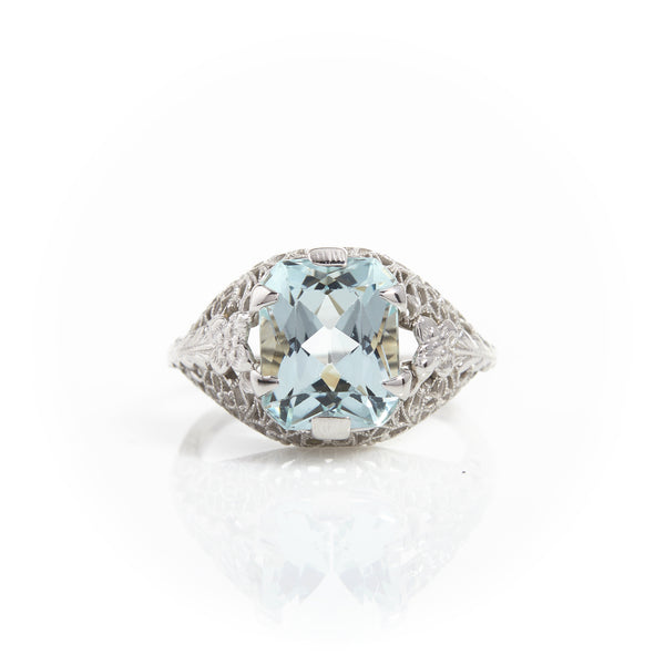 *SOLD* Aquamarine in Art Deco White Gold Filigree Ring
