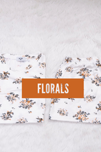 Load image into Gallery viewer, Floral
