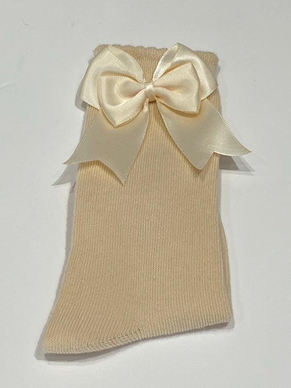 Tan bow sock