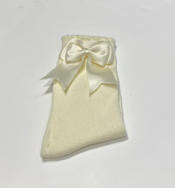 Cream bow sock