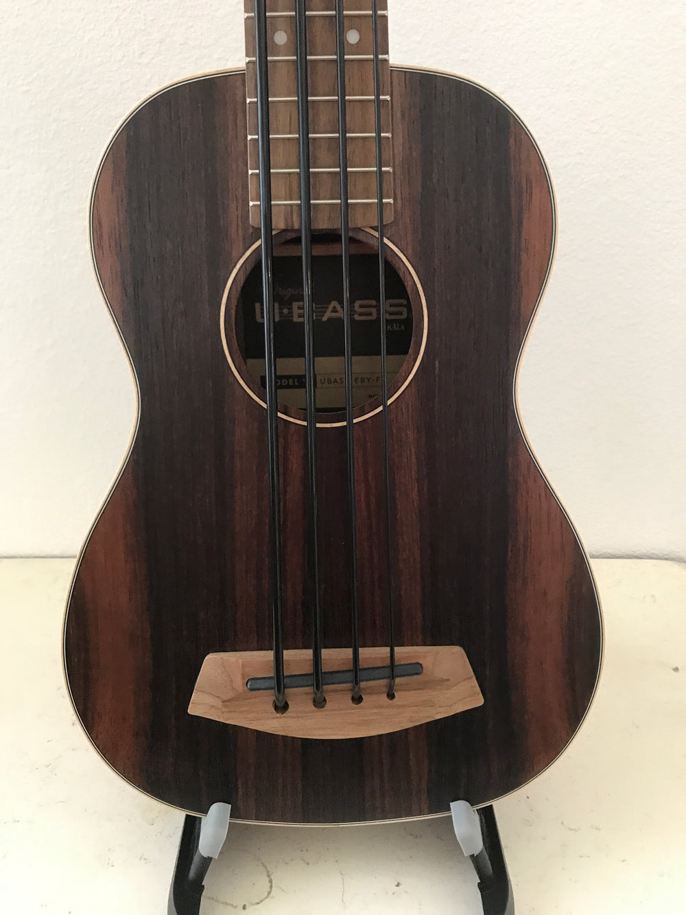 "Kala Striped Ebony Acoustic-Electric U-Bass® - UBASS-EBY-FS ""Cerberus"""