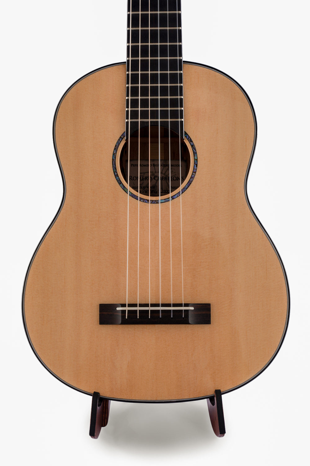"[BRAND NEW] Romero Creations Parlor Guitar Spruce and Spalted Mango RC-P6-SMG ""Bandura"" Tuned E to E"