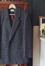 Load image into Gallery viewer, Vintage Austrian Blazer