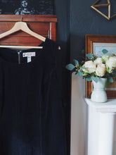 Load image into Gallery viewer, Plus Size Black Corduroy Jumper