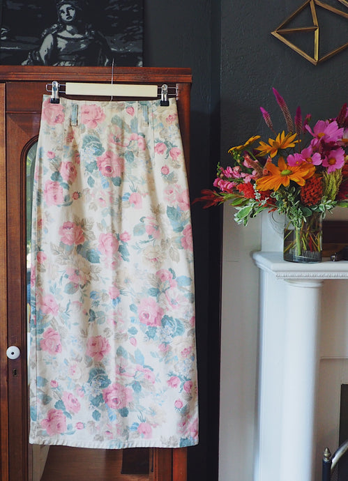 Vintage Floral Denim Pencil Skirt